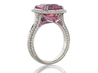 Padparadscha Ring Earns a Spectrum Award