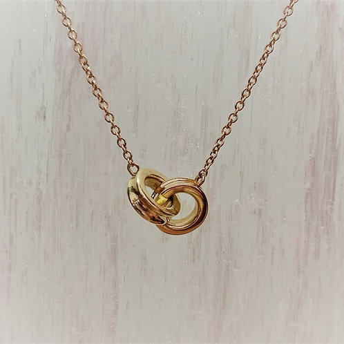 14K Yellow Gold Interlocking Ring Necklace