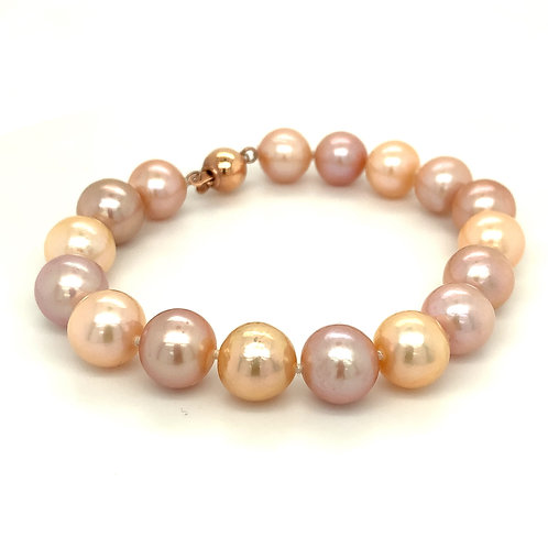 Freshwater Cultured Pearls in Shades of Pink - Bracelet