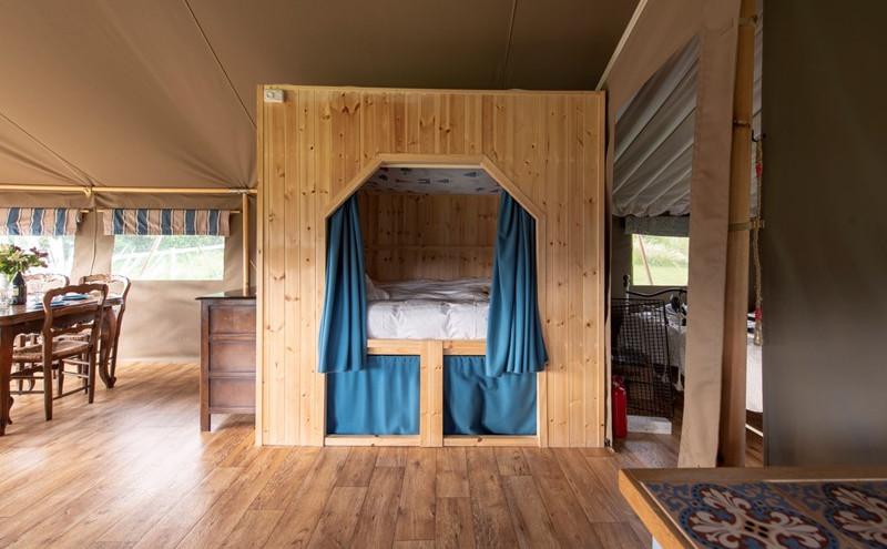 Gascon Cabin Bed