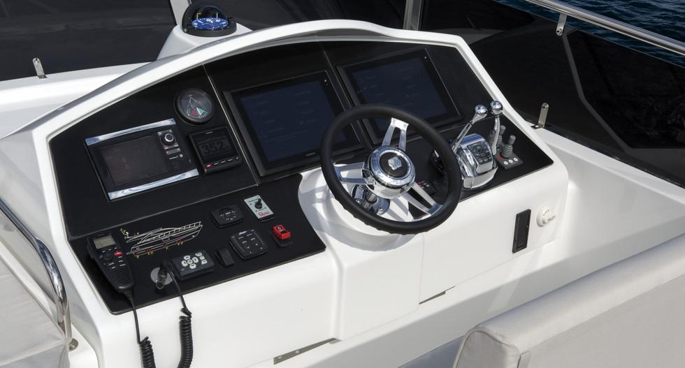 Dyna 63-Bridge Helm.jpg