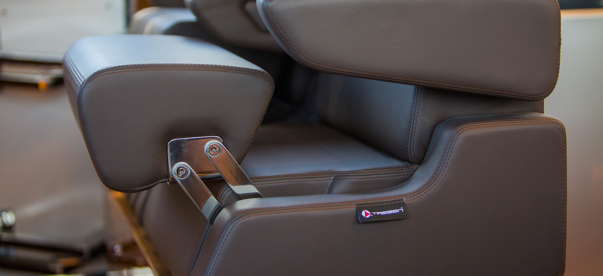 D63-helm seat.jpg