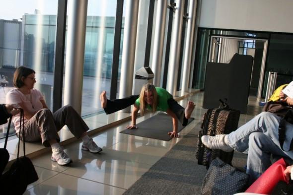 Airport-Yoga.jpg