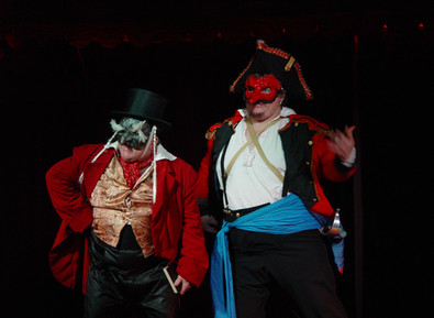 Giangiacomo: An Italian trapped in an American Commedia