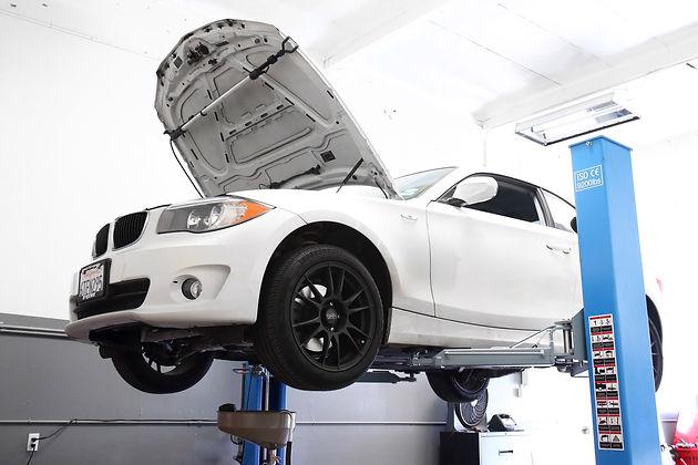 2012 BMW 128i 3 0L Valve Cover Oil Leak & Misfire | Audi BMW Porsche