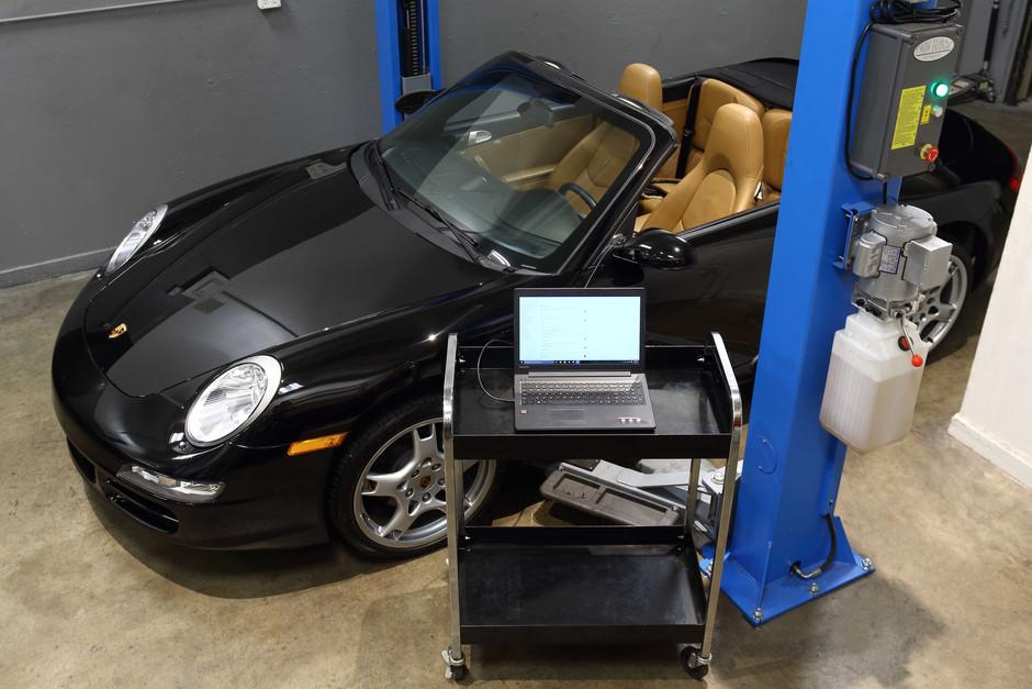 2006 Porsche 911 Carrera 3.6L Cab Maintenance Service
