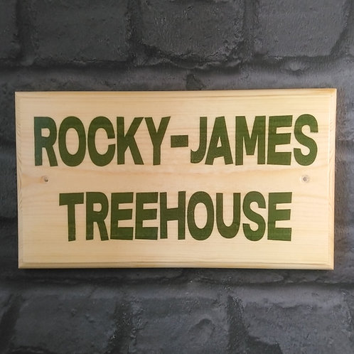 Personalised Treehouse Sign - Green Tree House Plaque