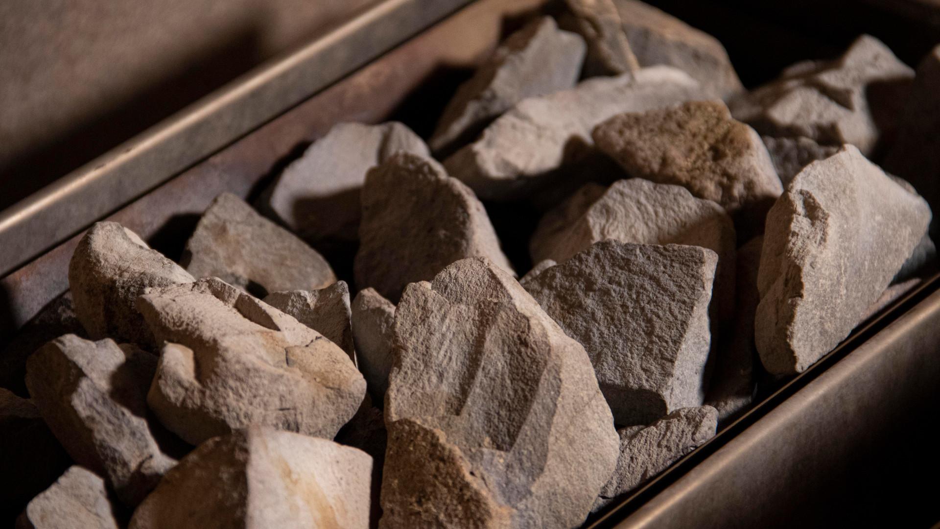 pietre sauna.jpg