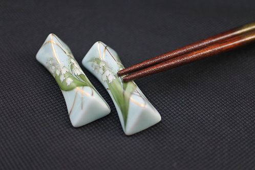 Celadon Lily of the valley, Chopstick rest