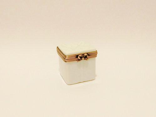 Limoges Box L014