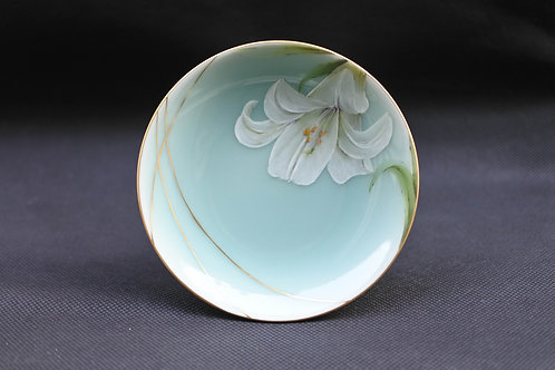 Celadon Lily, Saucer/Serving plate