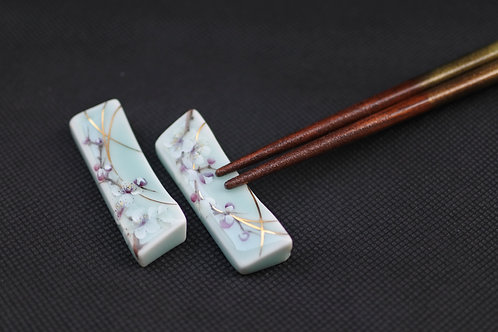 Celadon Plum blossom, Chopstick rest