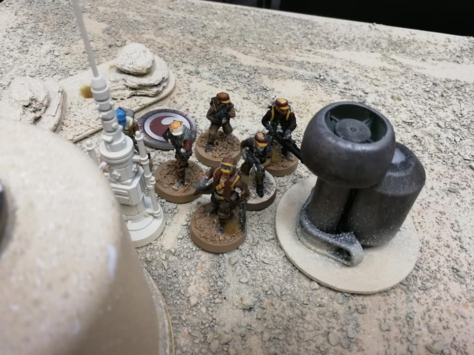 Another squad of Rebels moved into the town center to engage