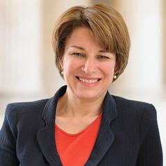 Amy Klobuchar (D)