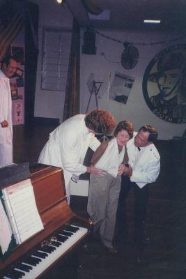 TR95 15 - Bruce Willis, Alex Thomas, Mar