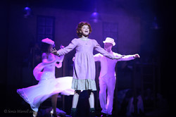 Calla Mullamphy as Annie