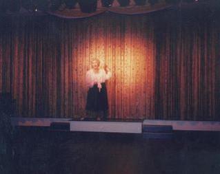 TR95 07 - Julie Adamson as Vera Lynn.JPG
