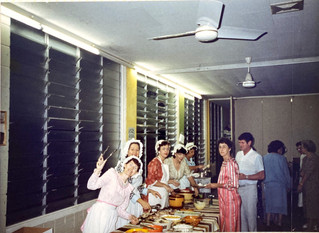 1988 Theatre Restaurant_TR88 - servers -