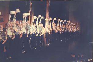 A Chorus Line 1998_9.jpg