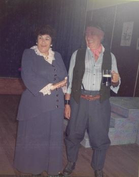 MFL1990 01 - Muriel and Charlie Jones.JP
