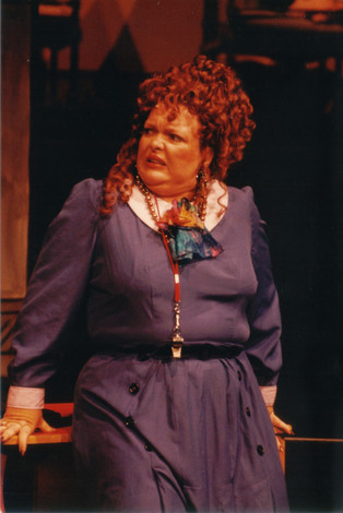 Donna Ahlers as Miss Hannigan