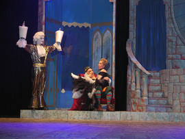 Wesley Thomas as Lumiere, Tony McDermott as Maurice and Michelle Higgins as Babette