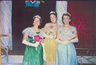 Merry Widow 1962_Lynne Burrows, Jess Mei