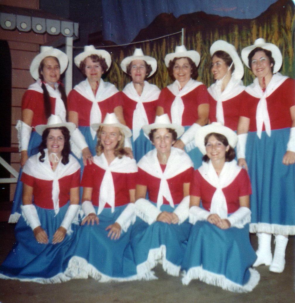 Oklahoma_ladies chorus.jpg
