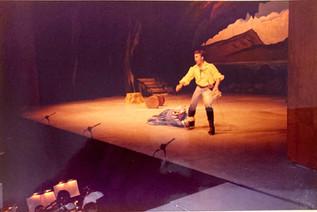 Pirates of Penzance 1988_pop88 03 - Mae
