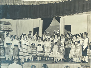 1962 - Merry Widow_1.jpg