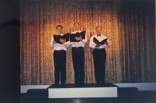 2002 Theatre Restaurant_Dogs - Chris Gil