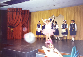 1991 Theatre Restaurant_TR91- School Daz