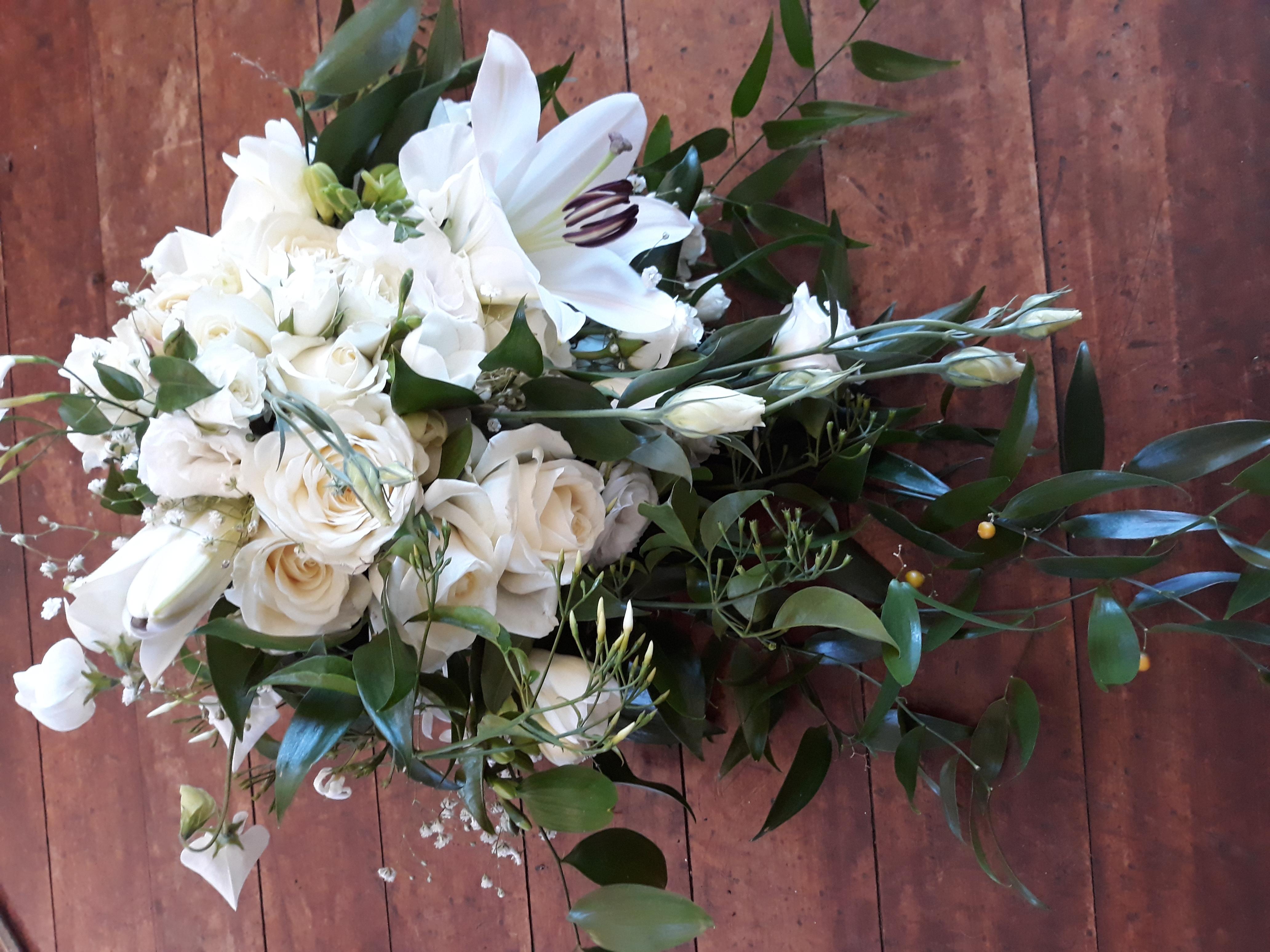 cream and green cascade bouquet