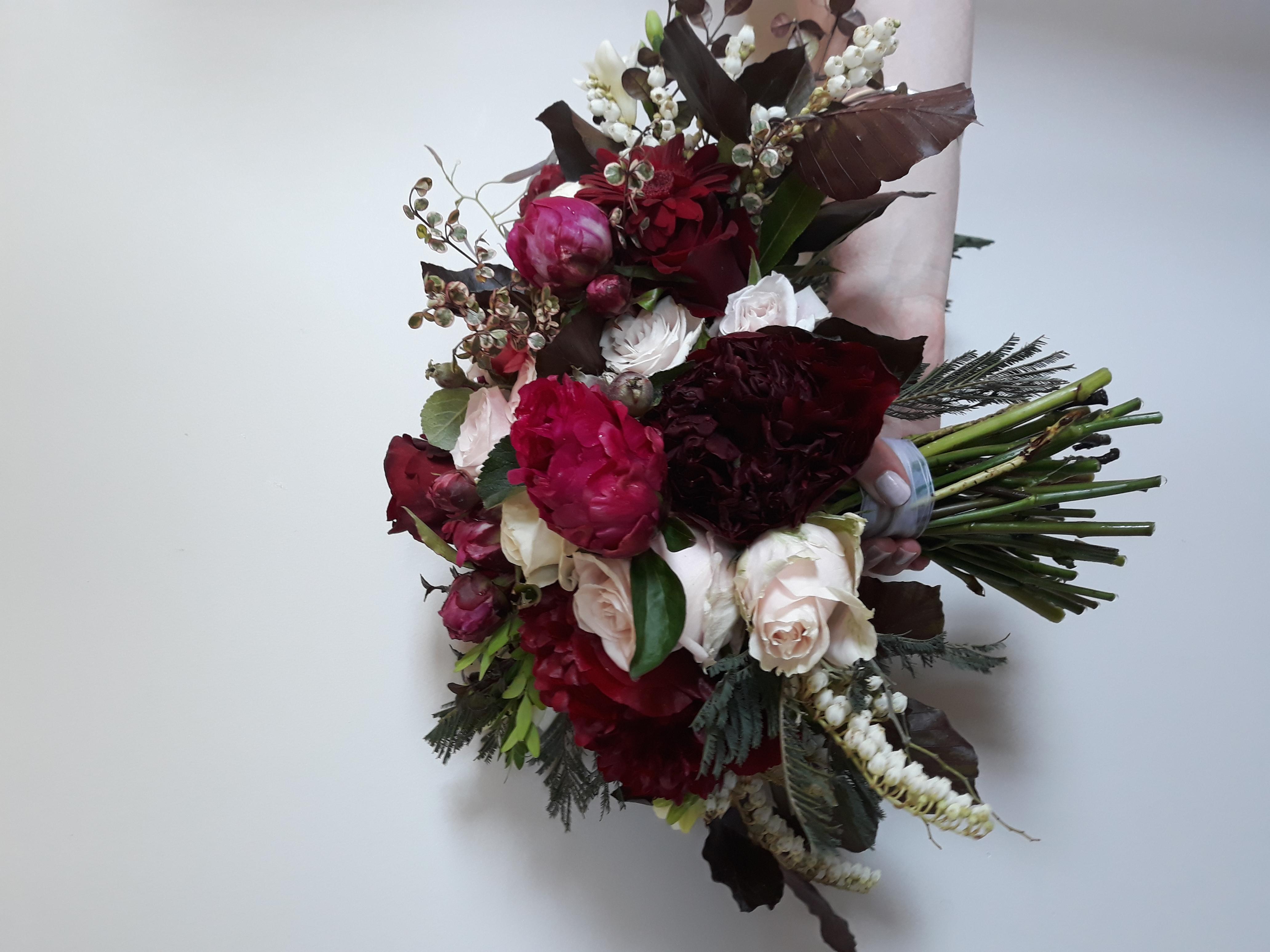 burgandy and blush bouquet