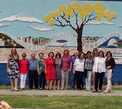 Mural Árvore em Verso e Reciclagem