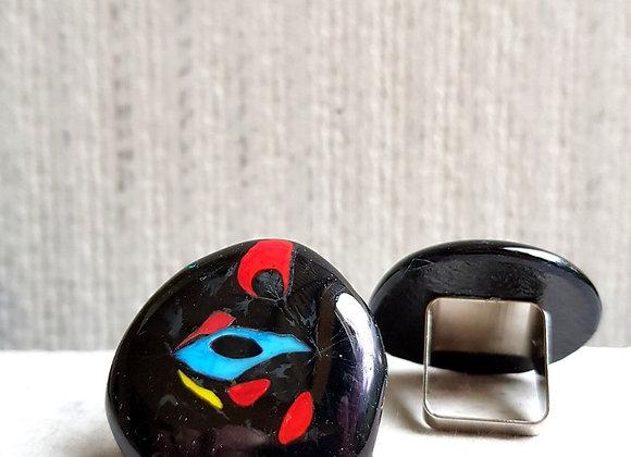 Anel em vidros coloridos da Coleção Miró da designer Désirée Sessegolo