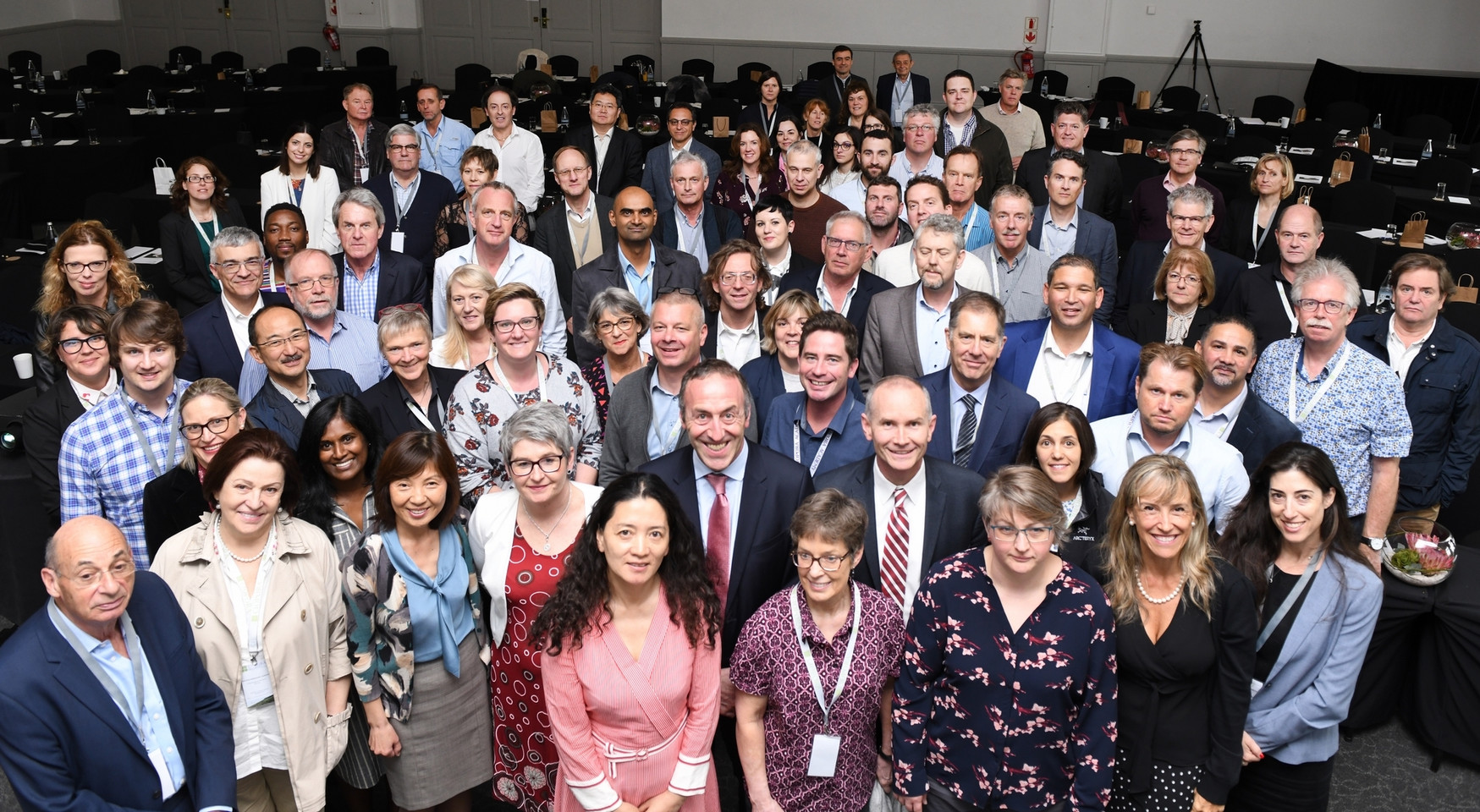 Group_picture_AGM_small.JPG