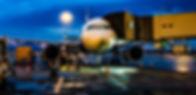 white-airplane-1098745 (1).jpg