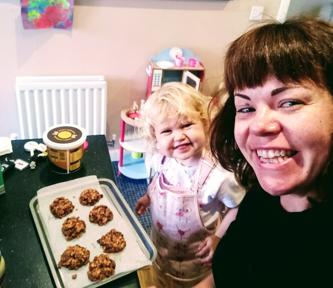 Mummy daughter bakers
