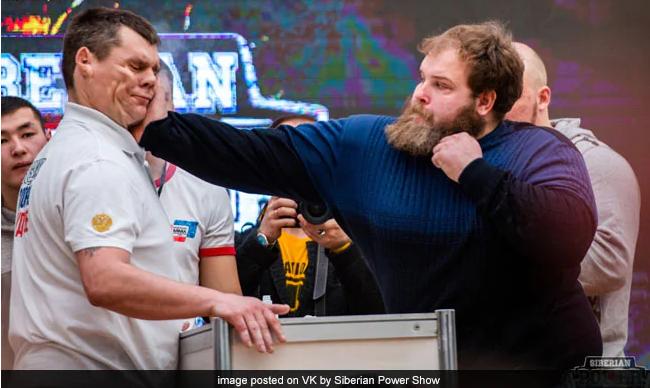 Vasily Kamotsky At Russian Face Slapping Championship
