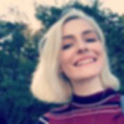 arianna-headshot-1.jpg