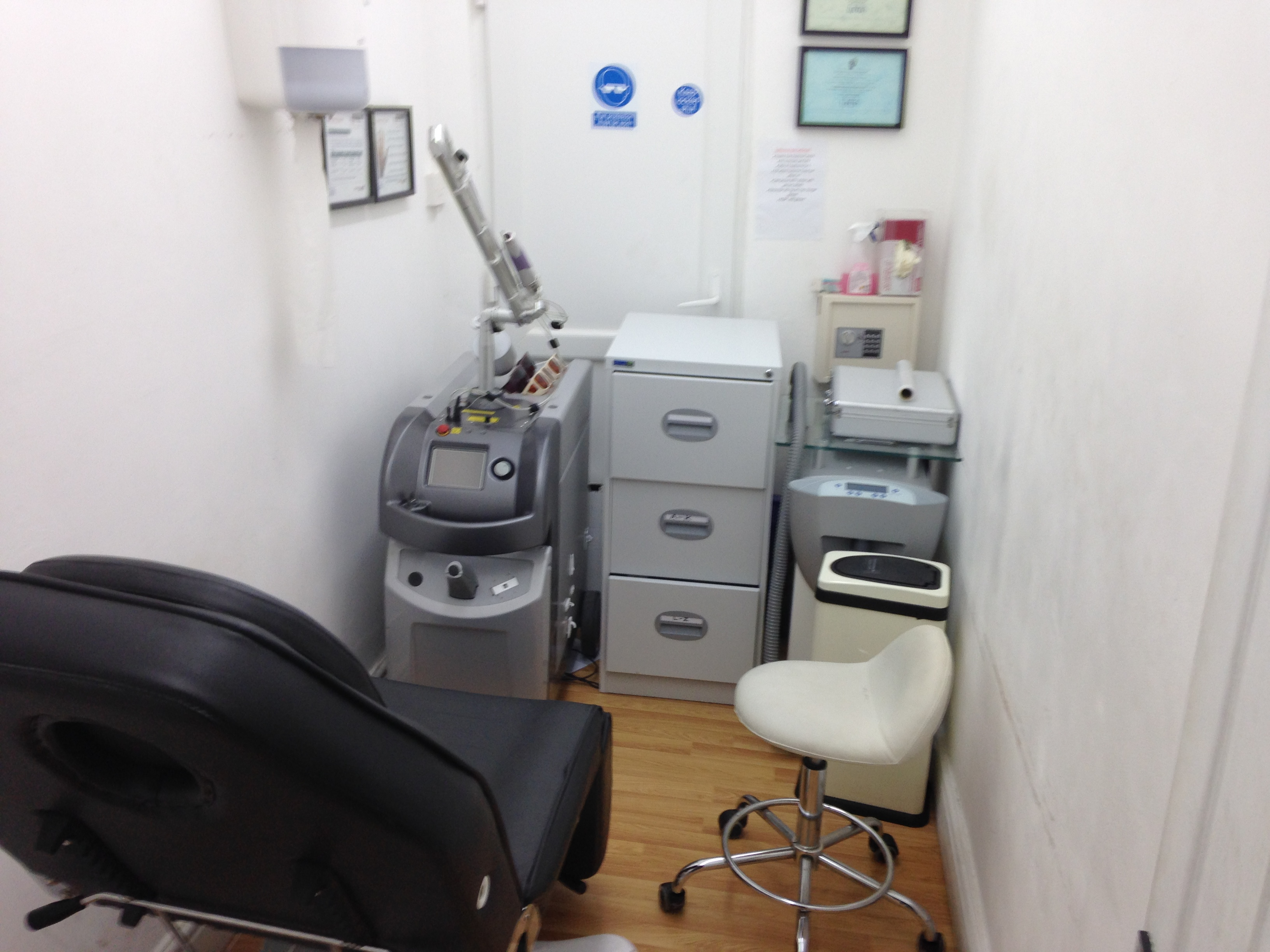 laser tattoo removal surrey