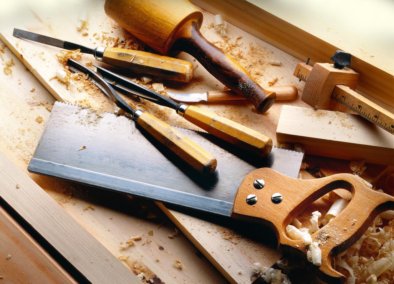tools-2423826_1920.jpg
