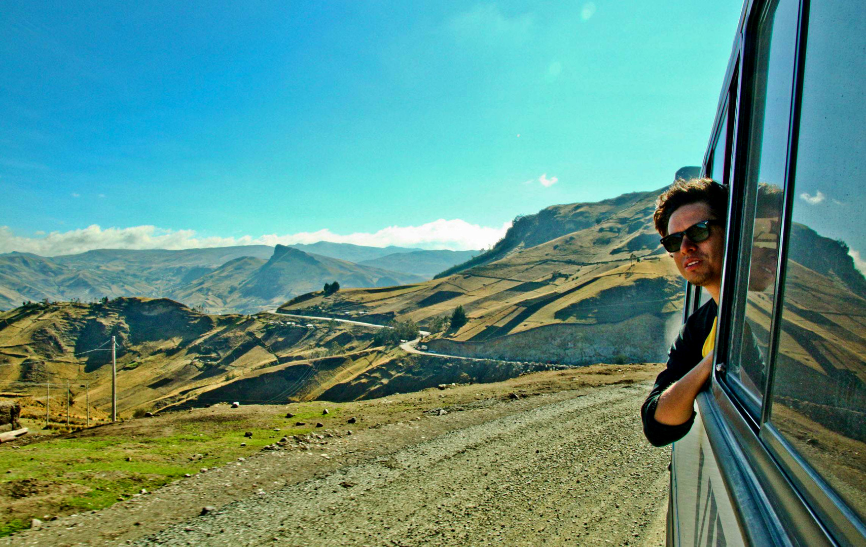 Quilatoa-Ecuador-Bus-TravelPortrait-Luis.jpg