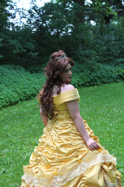 Rose Princess- yellow gown