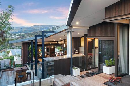 Garden Terrace Outside Tui, Pukeko and Fantail Room | Newton Heights B&B