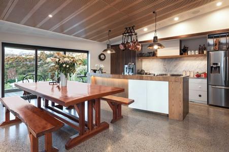 Dining Room & Kitchen | Newton Heights B&B