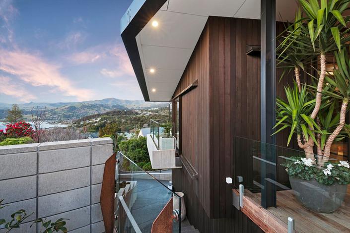 Outdoor Terrace View | Newton Heights B&B