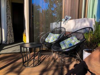 Tui Room Outdoor Seating   Newton Heights B&B