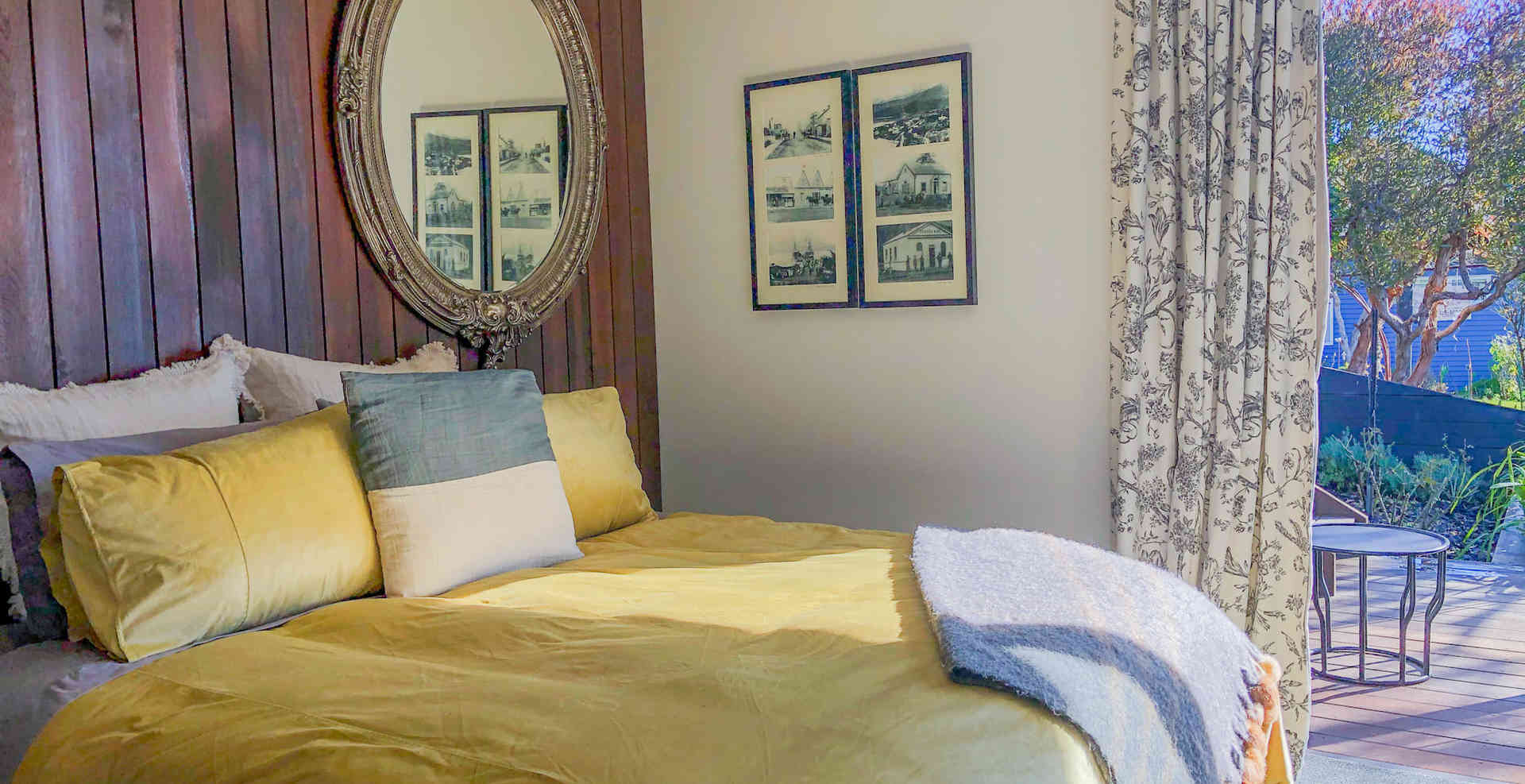 Tui Room | Newton Heights B&B